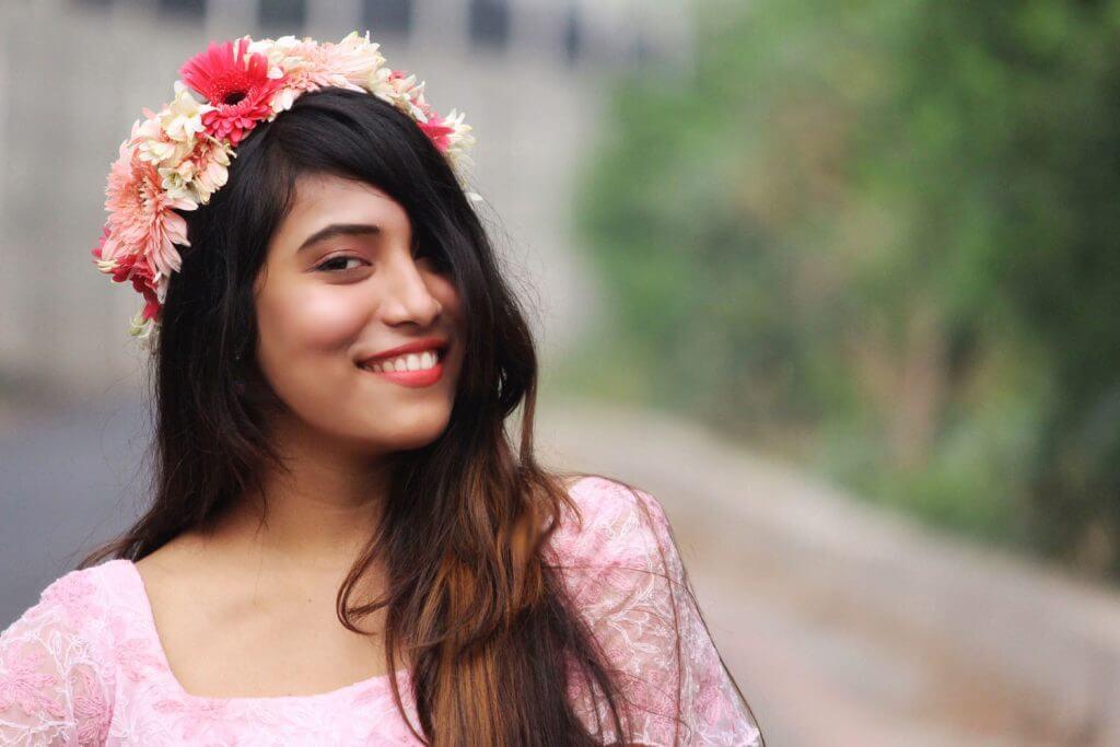 Shrizan Pink Dress Face Capture