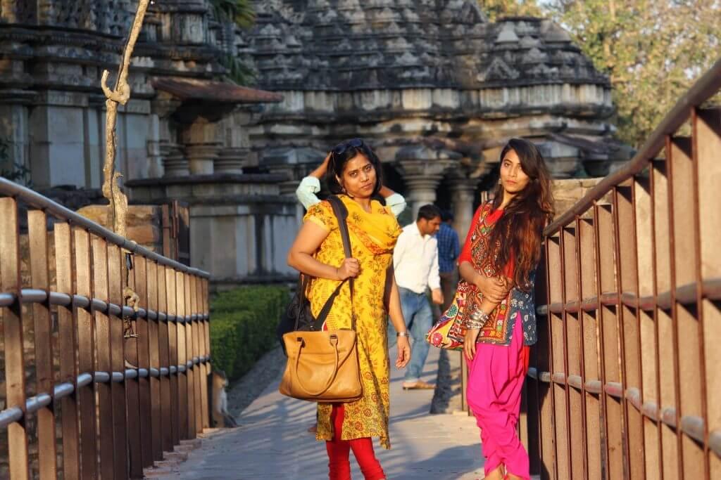 ethnic-outfits-baroli